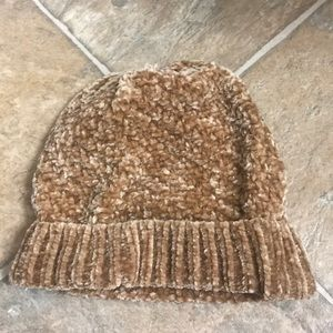 Winter hat (matching gloves also listed)
